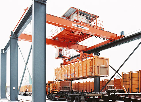 Engineered Cranes For Container Handling - MHE-Demag