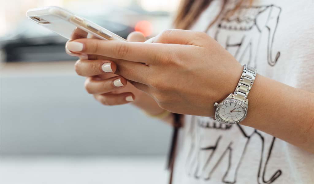 Whatsapp & LINE Slider (Home Slider 7)